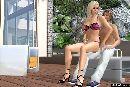 Mechant blonde joue avec un garcon horny in a 3d jeux de sexe